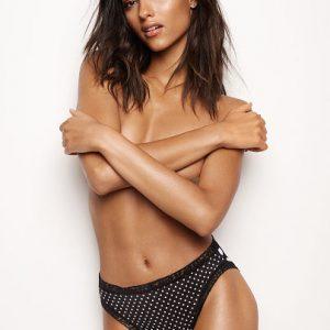 Victoria Secret Slip Brésilien échancré avec bordure en dentelle